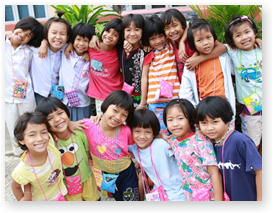 transcendental meditation thailand - young school girls